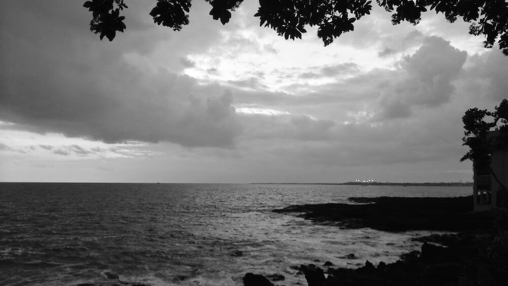sunset-in-kona-ff-2016-11-25 Kona Coast in black and white
