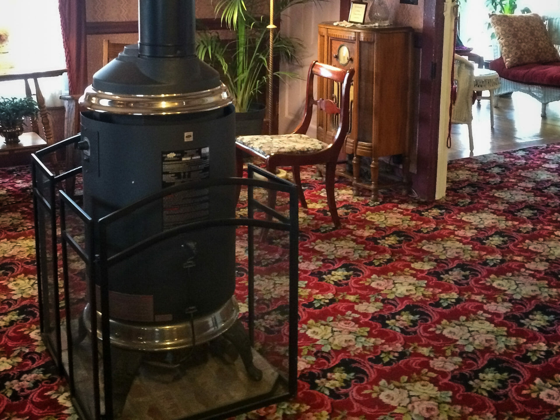 The wood stove in the hotel lobby was pumping out heat!