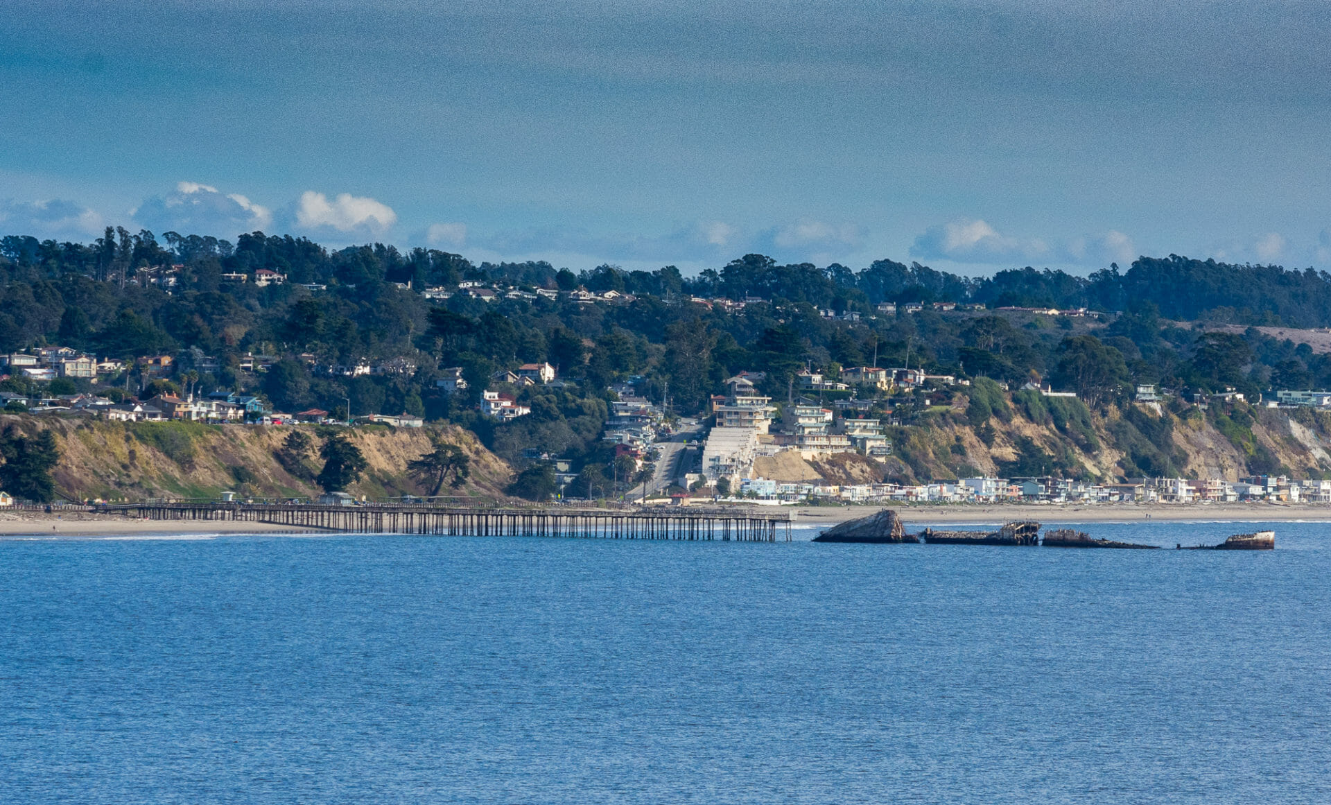 Seaside State Beach Pier goes to sunken ship