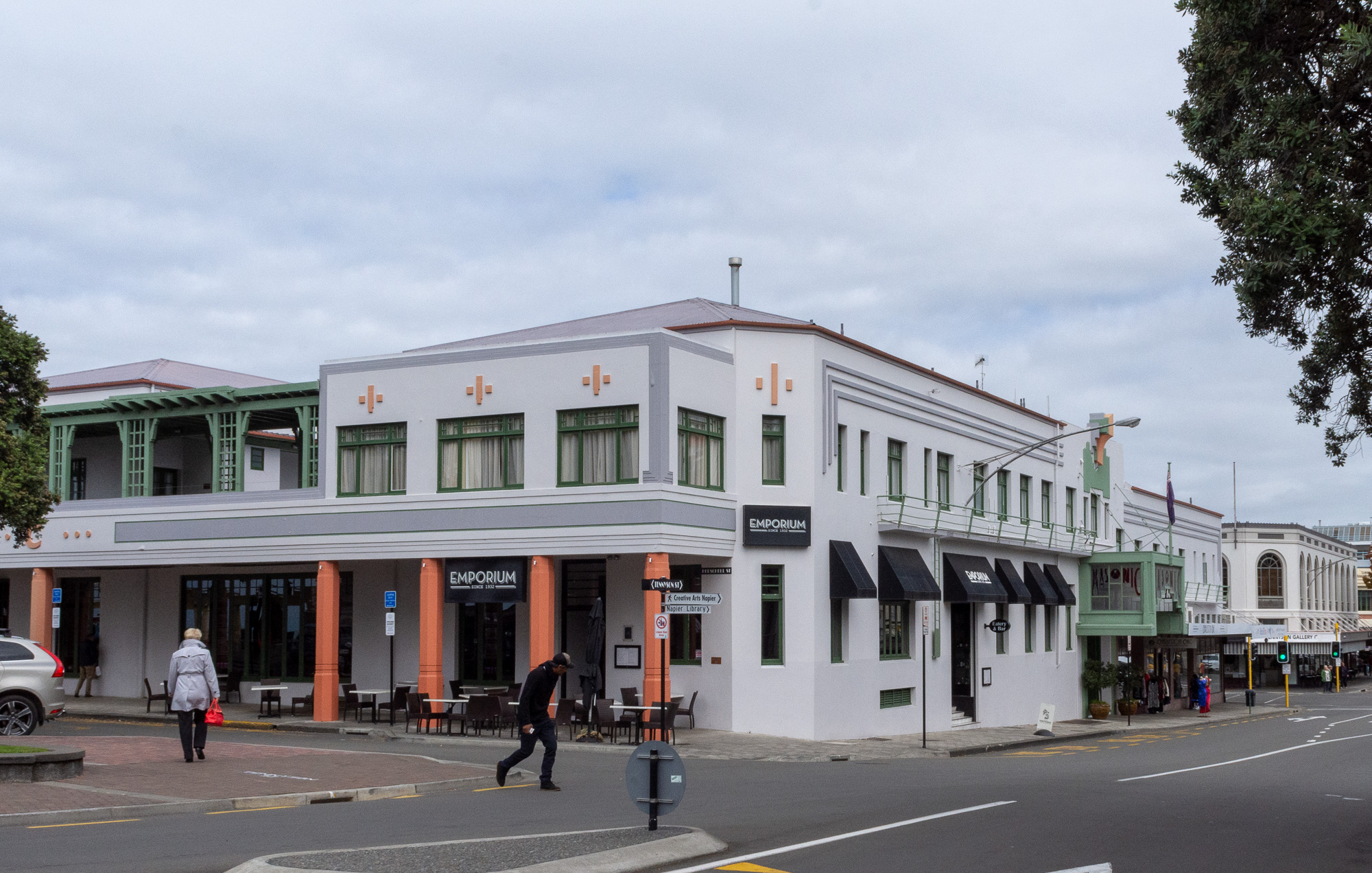 Napier - Art deco 2