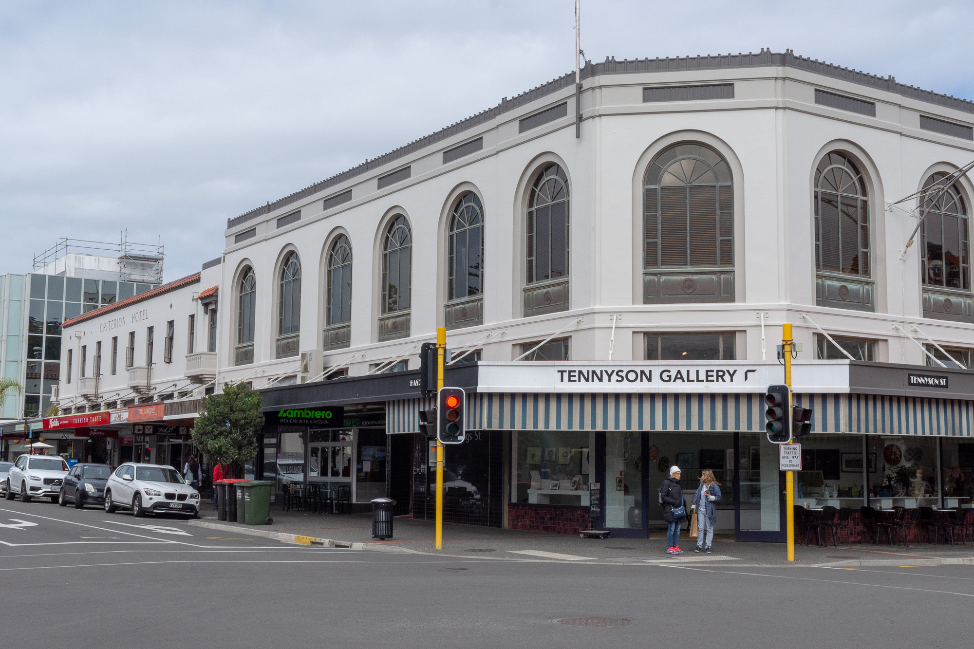 Napier - Art deco 5
