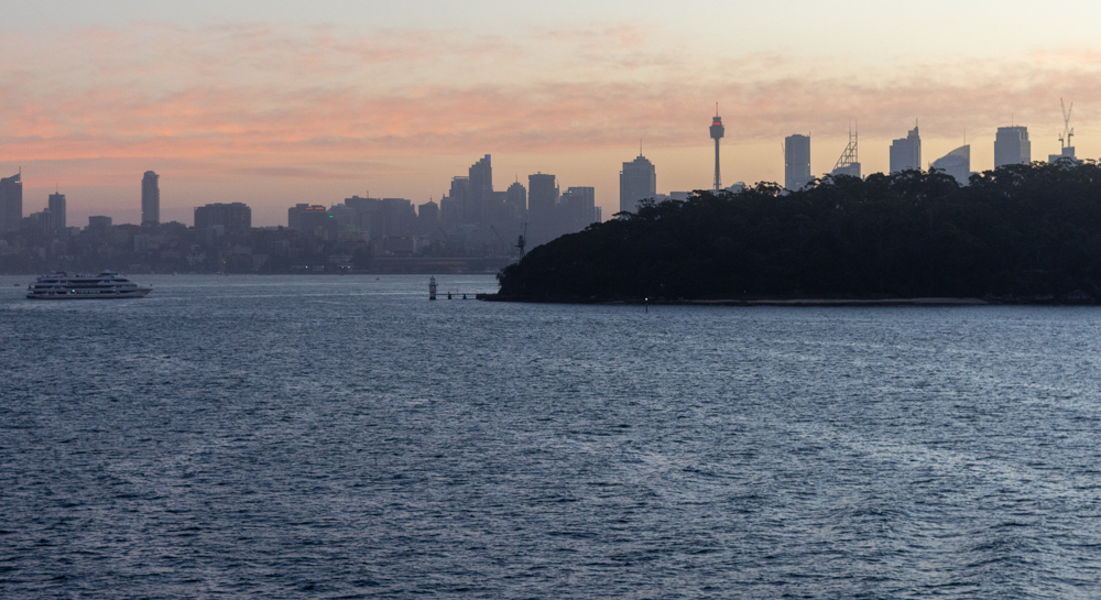 Sydney sunset from MS Noordam