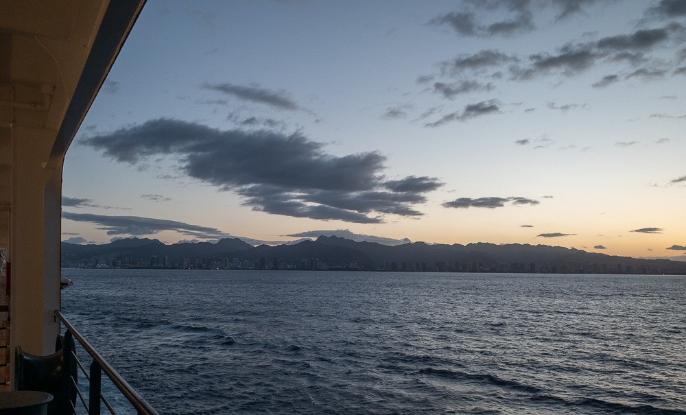 This Honolulu sunrise was our first Hawaiian sunrise on the cruise!