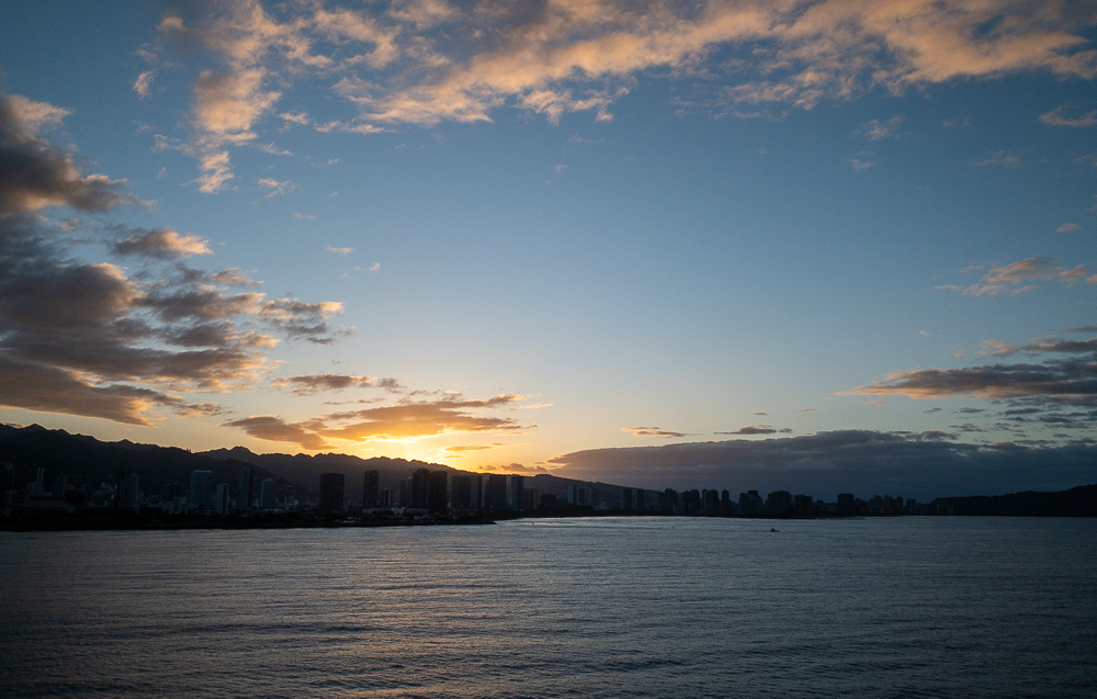 A beautiful Honolulu sunrise